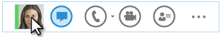 Snímek obrazovky s nabídkou Quick Lync a kurzorem umístěným na obrázku kontaktu