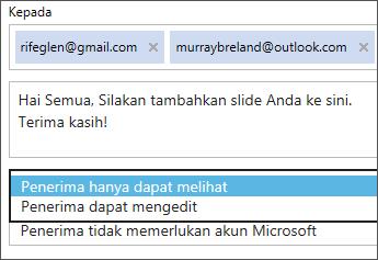 Memilih tampilkan-saja dan opsi masuk diperlukan dalam email undangan